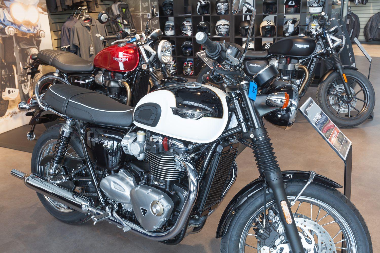 Visite Virtuelle 360 Yvelines Louveciennes Triumph Moto